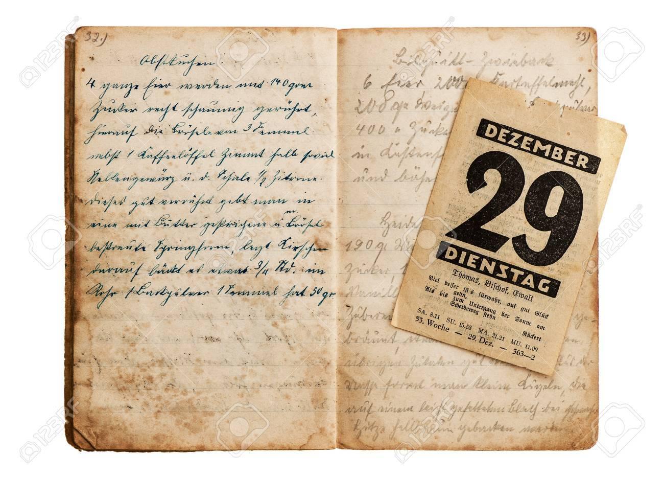 Abierto Libro De Cocina Antigua Con La Página Antigua Del Calendario ...