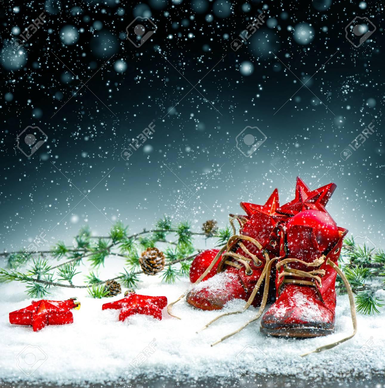 La Media De La Vendimia De La Navidad Con Los Zapatos Antiguos De ...