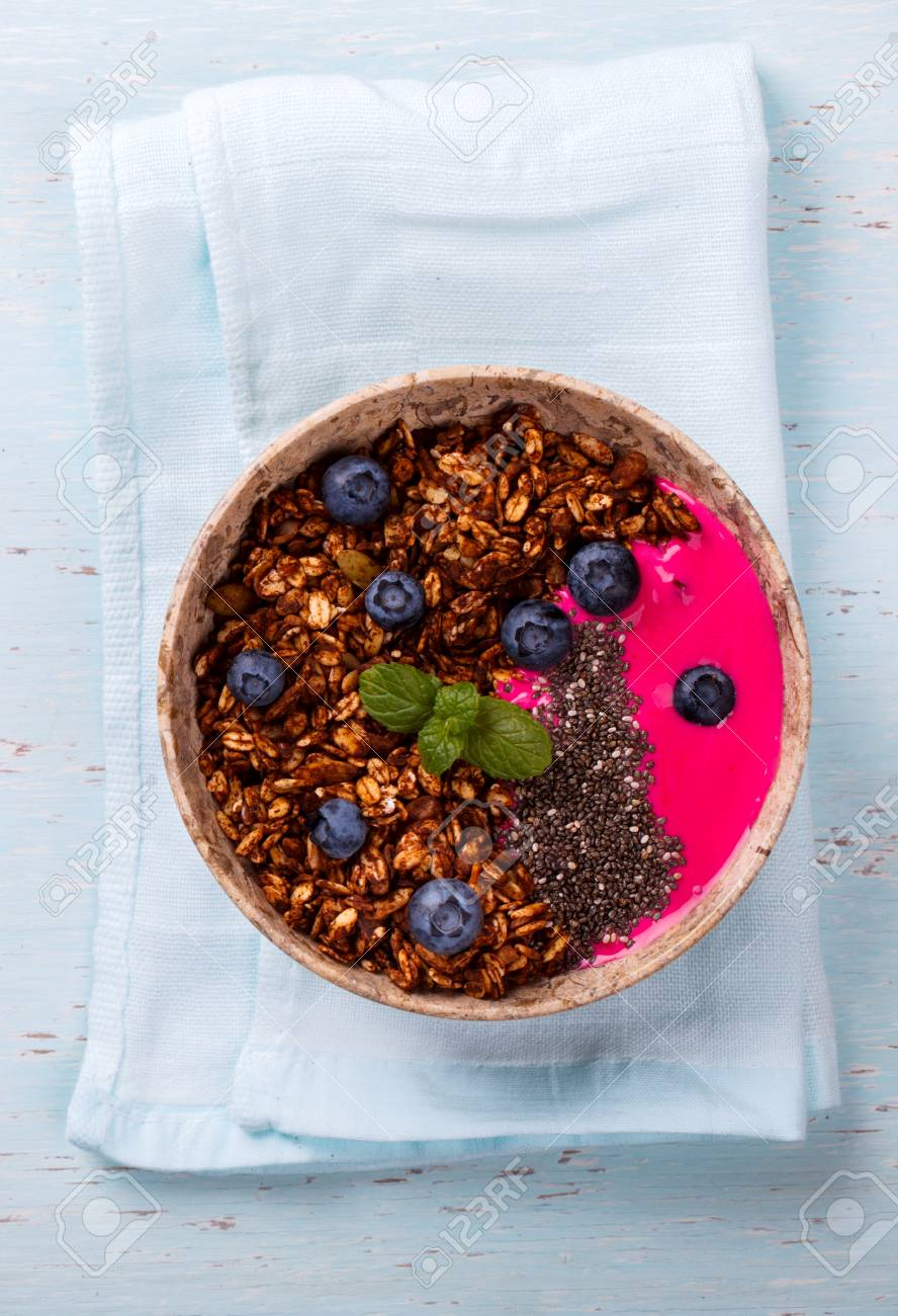 Berry Smoothie Oatmeal,Granola with Yogurt in the bowl Detox