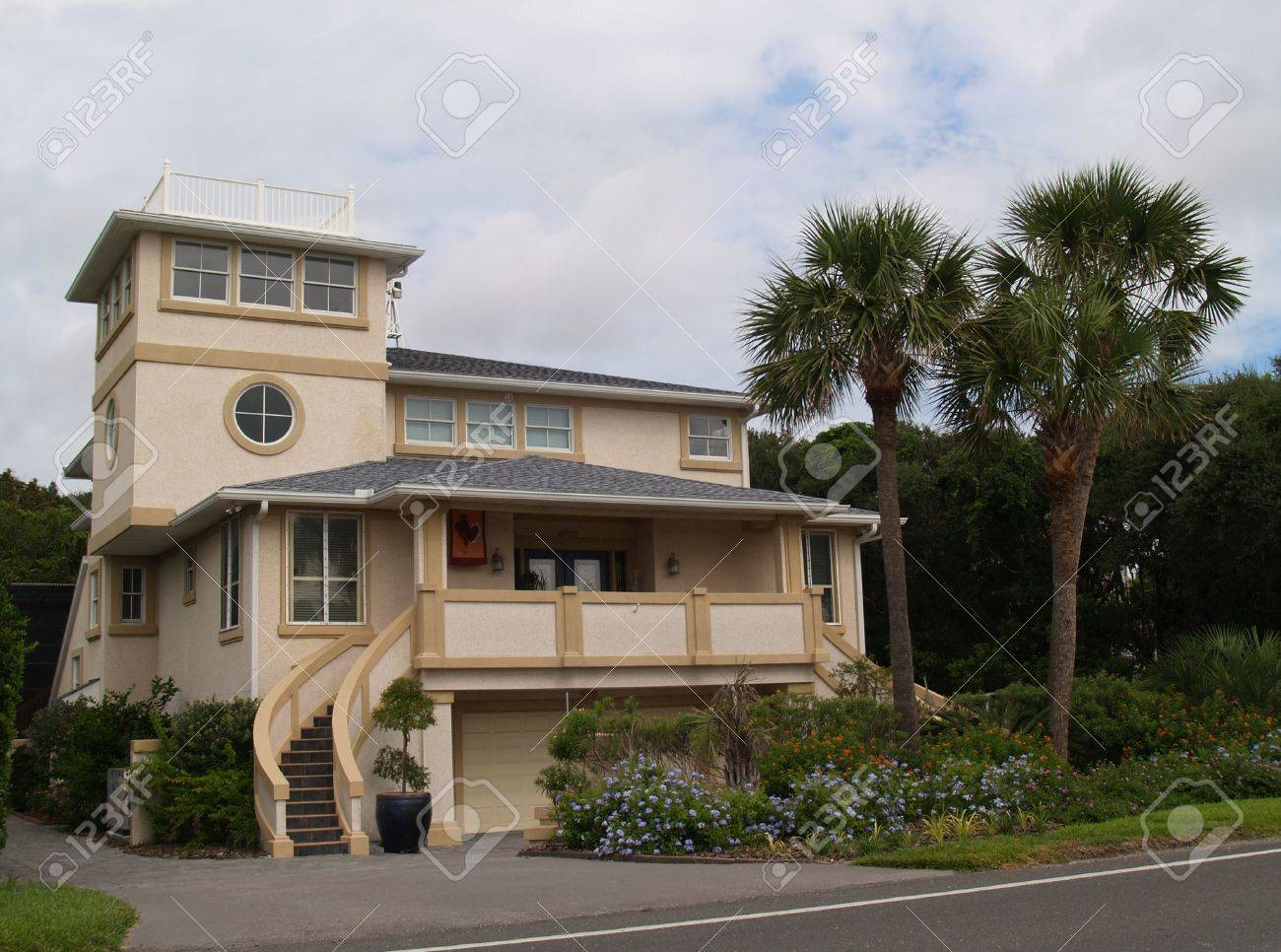 Three story beach house found in Florida. Stock Photo - 5520091
