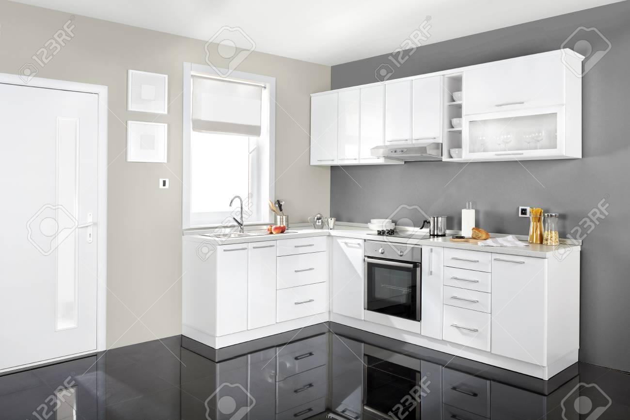 Interieur D Une Cuisine Moderne Des Meubles En Bois Simple Et Propre Banque D Images Et Photos Libres De Droits Image 51934714
