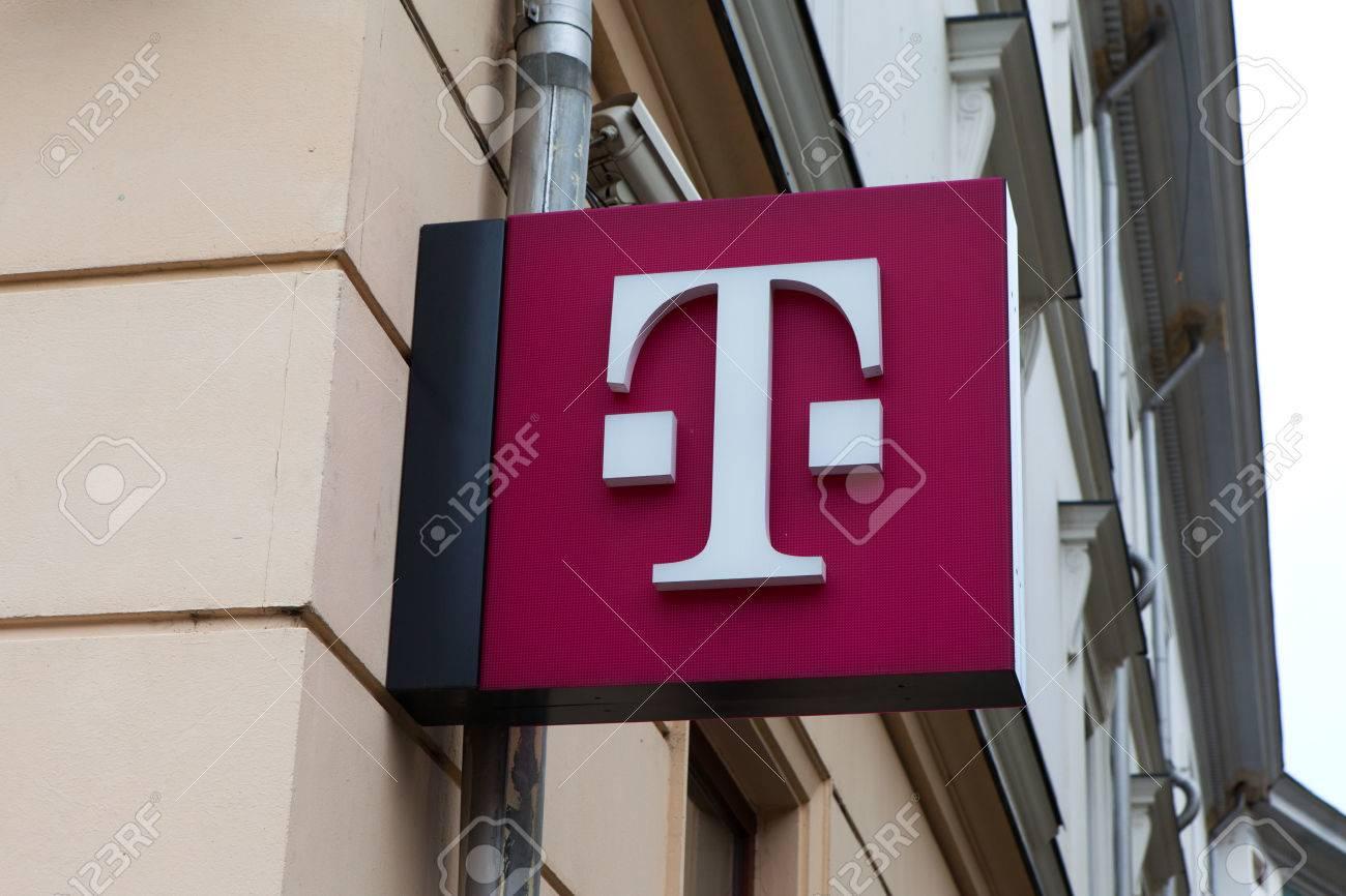 T Mobile Logo T Mobile International Ag Is A German Holding Stock