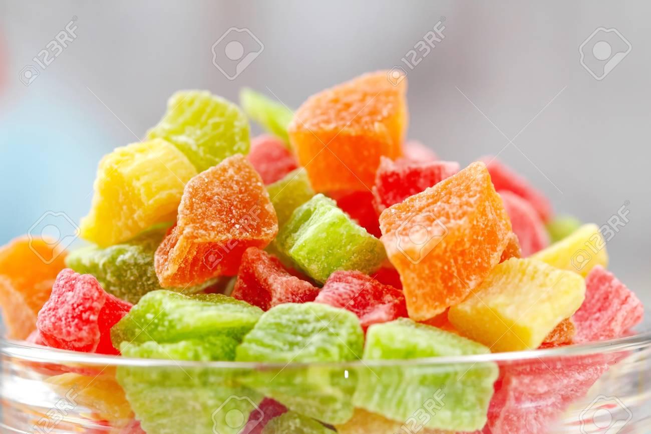 Süße Kandierte Früchte Verschiedener Farben Lizenzfreie Fotos ...