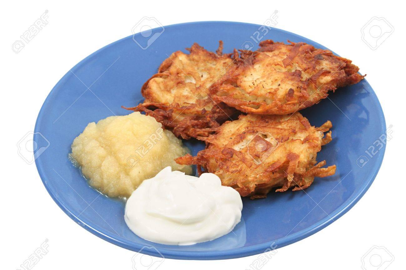 Potato Pancakes With Applesauce Potato Pancakes Latkes For