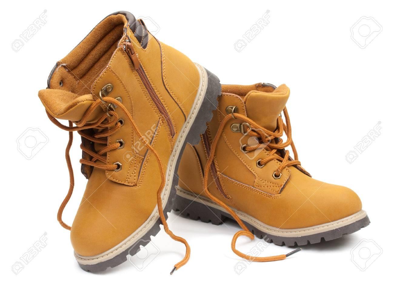 Kinderschoenen.Gele Lederen Stijlvolle Kinderschoenen Unlaced Laarzen Geisoleerd