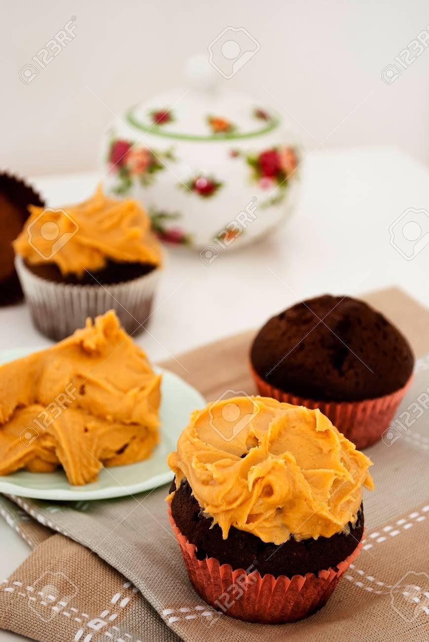 Kostliche Hausgemachte Kuchen Mit Erdnussbutter Vereisung