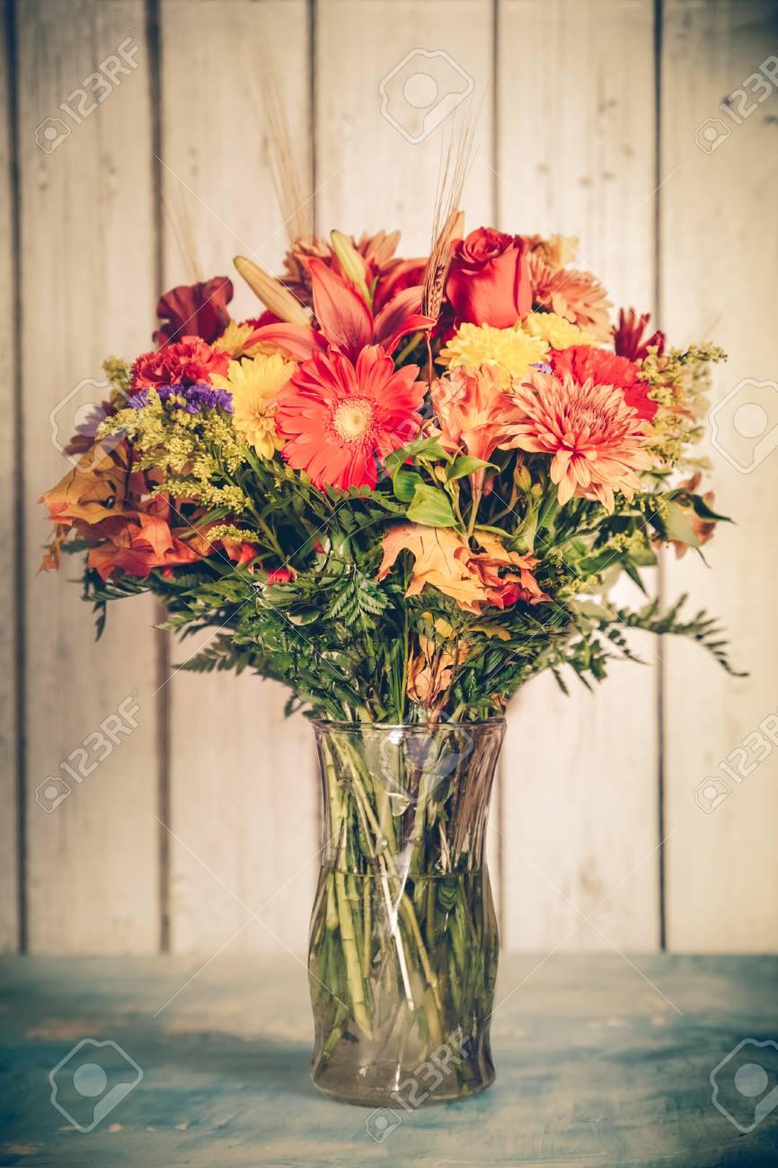 Prächtig Herbst Blumenstrauß In Vase Mit Vintage-Ton Filterwirkung #AG_07