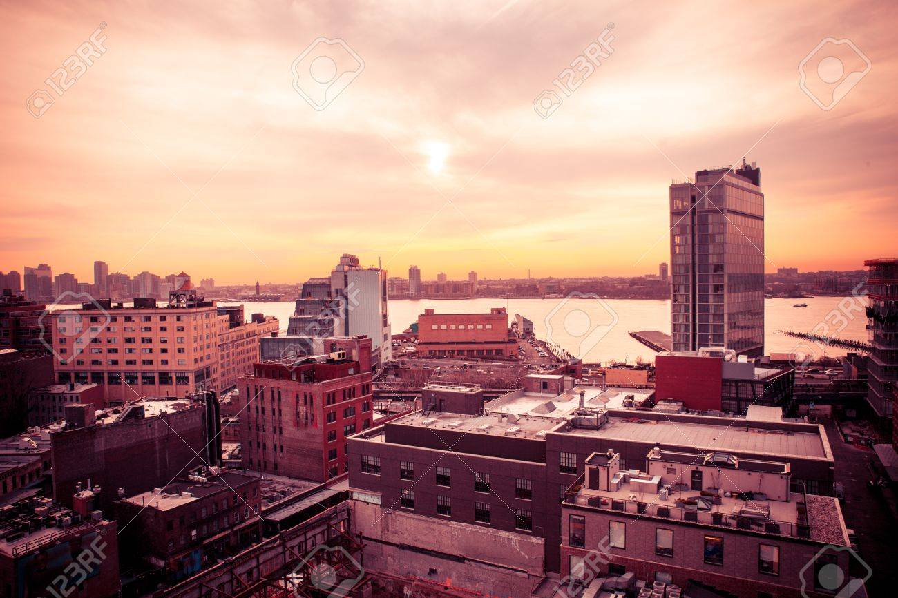 Sunset view of west side of New York City from Manhattan Chelsea and Meatpacking district toward New Jersey at sunset - 69401353