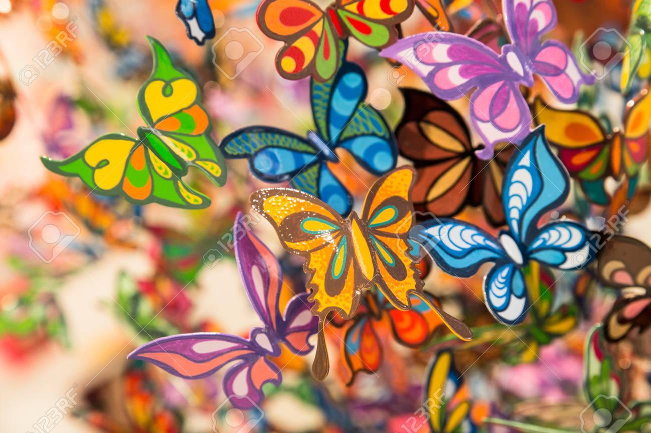 Bonitas Mariposas De Vidrio Pintadas Para El Telón De Fondo Fotos