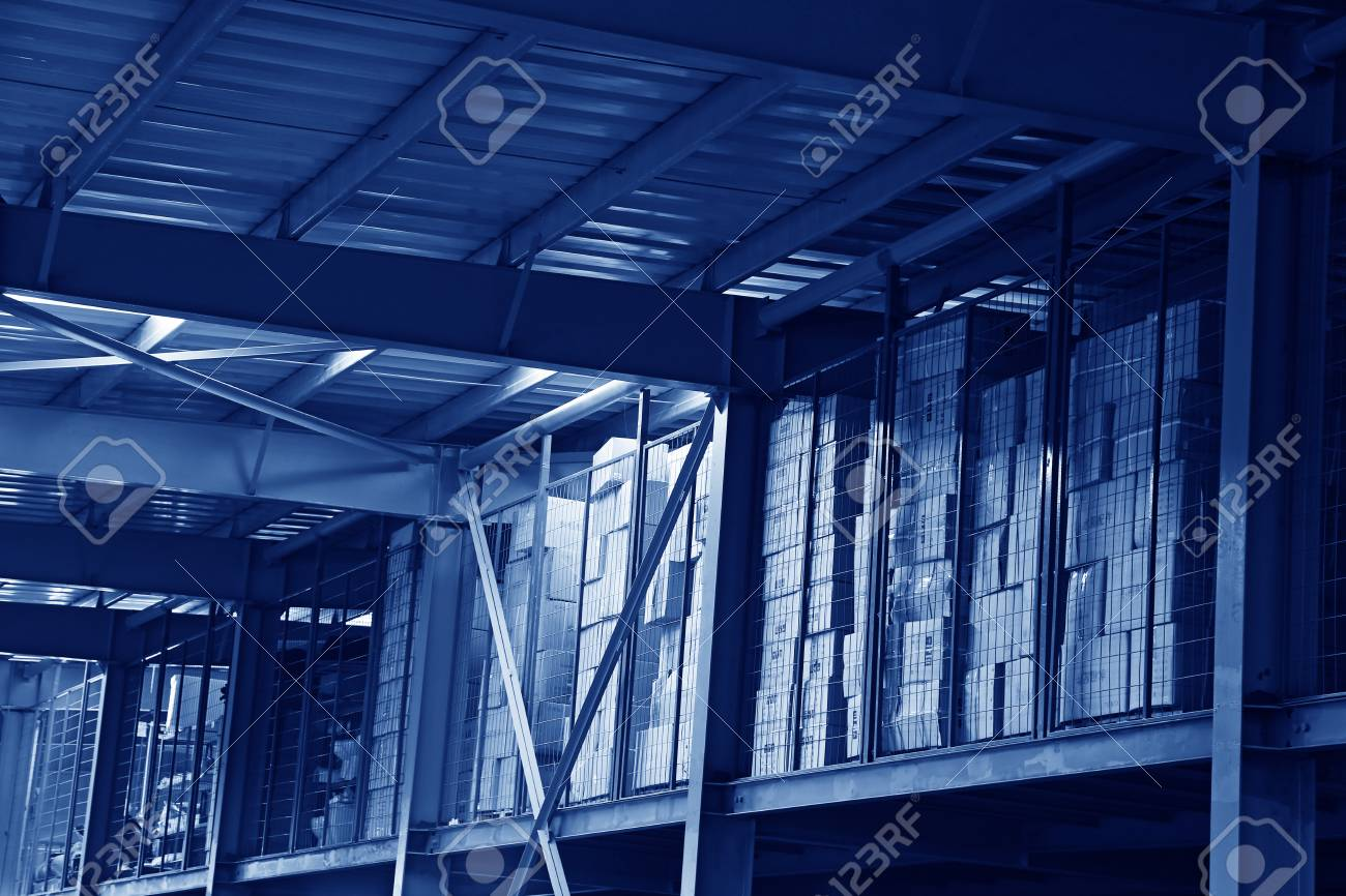 The packaging boxes piled up in the storage workshop Stock Photo - 27785639