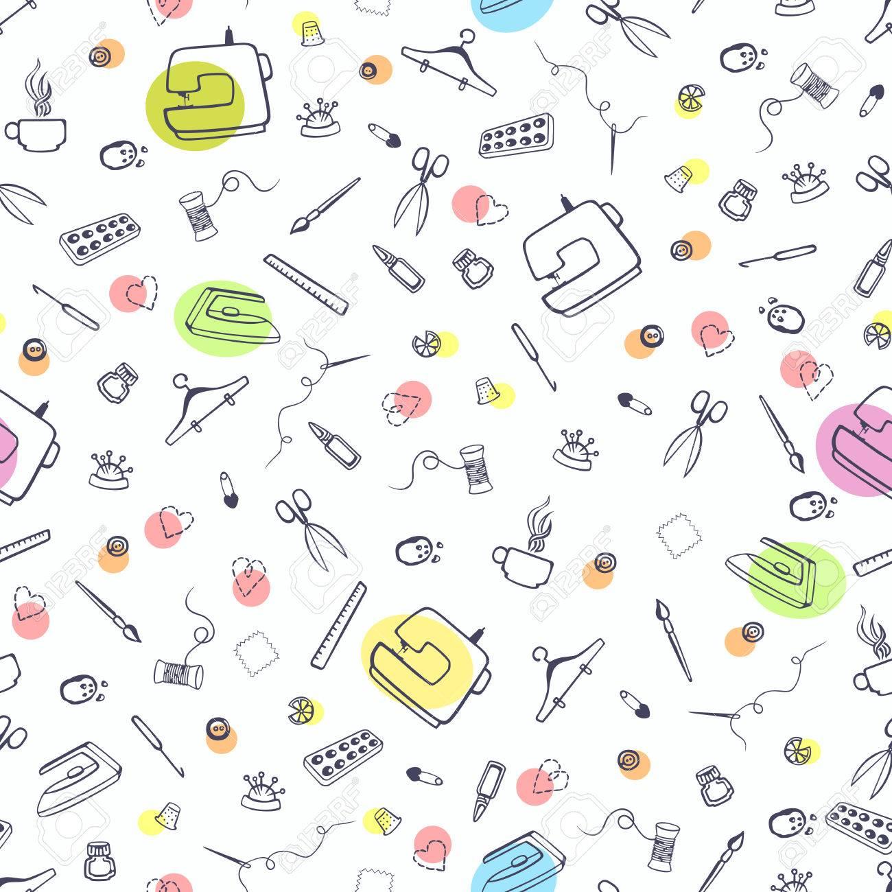 Sin patrón, con la costura y sastrería cosas. Máquina de coser, tijeras,  costura y otros artículos de artesanía.
