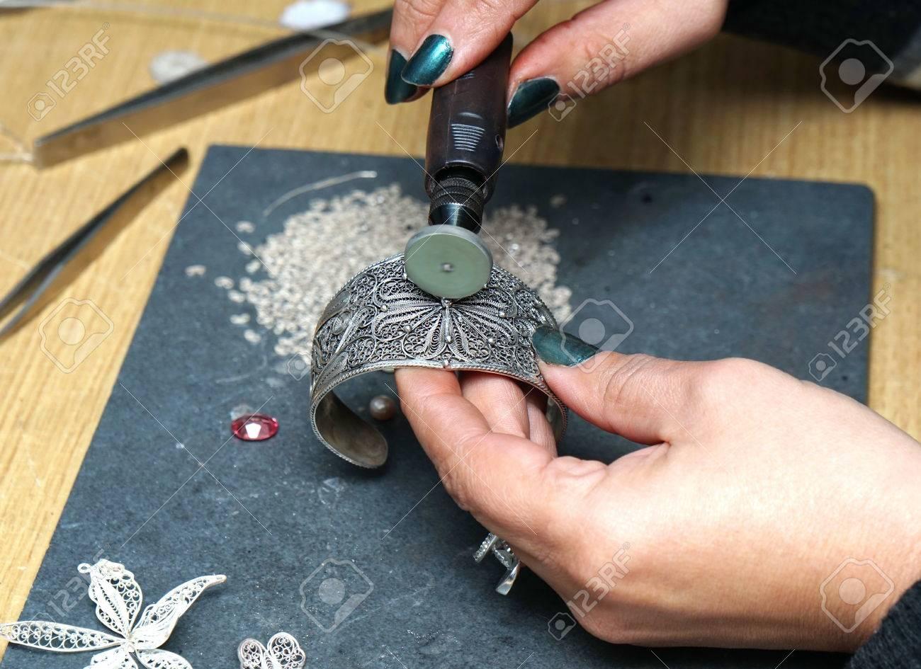 polir bague en argent