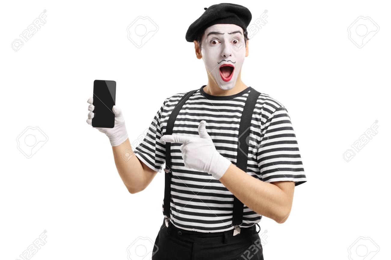 mime カメラに携帯電話を見せてとの分離の白い背景を指しています