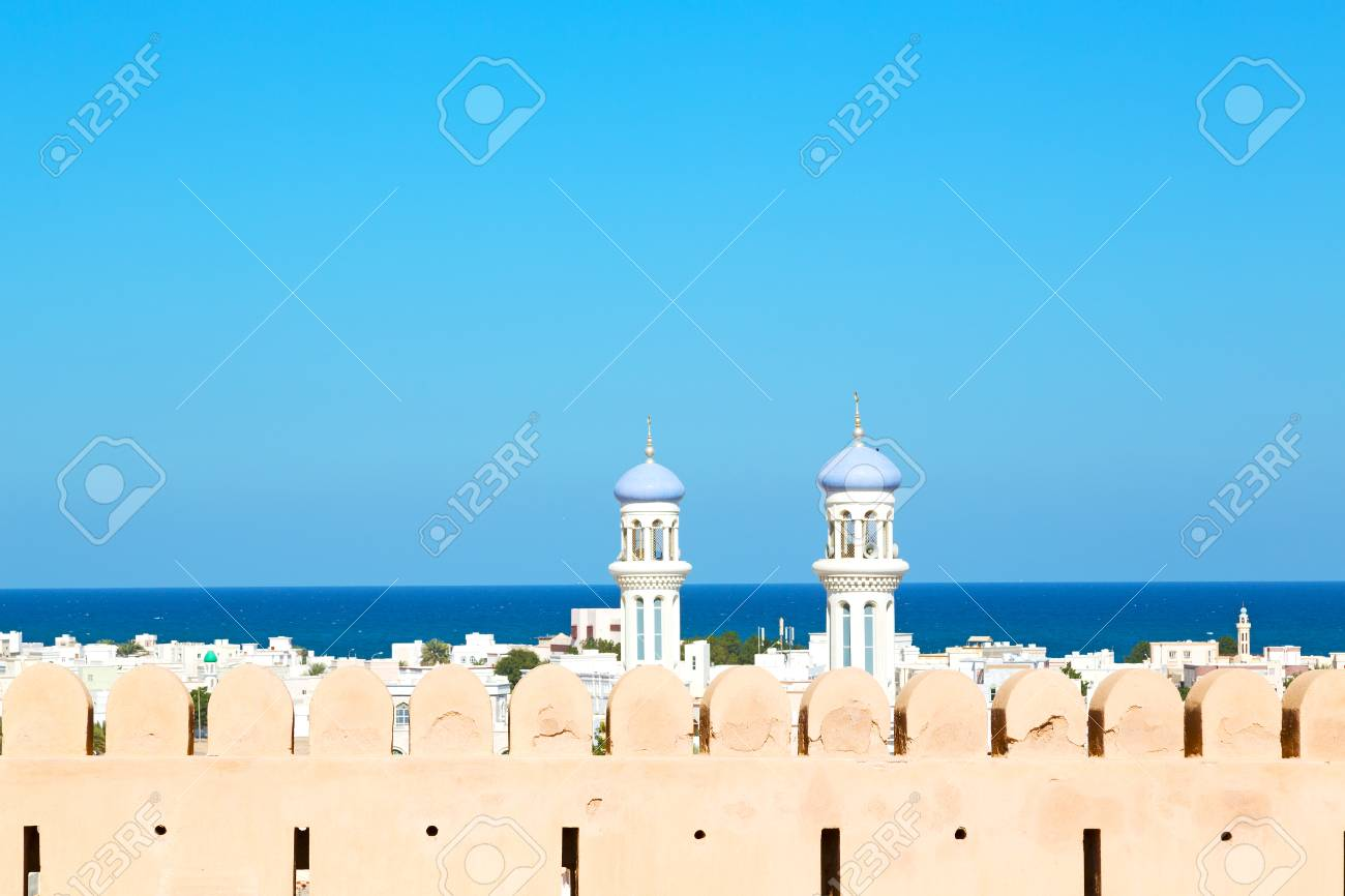 fort battlesment sky and star brick in oman muscat the old defensive - 59346128