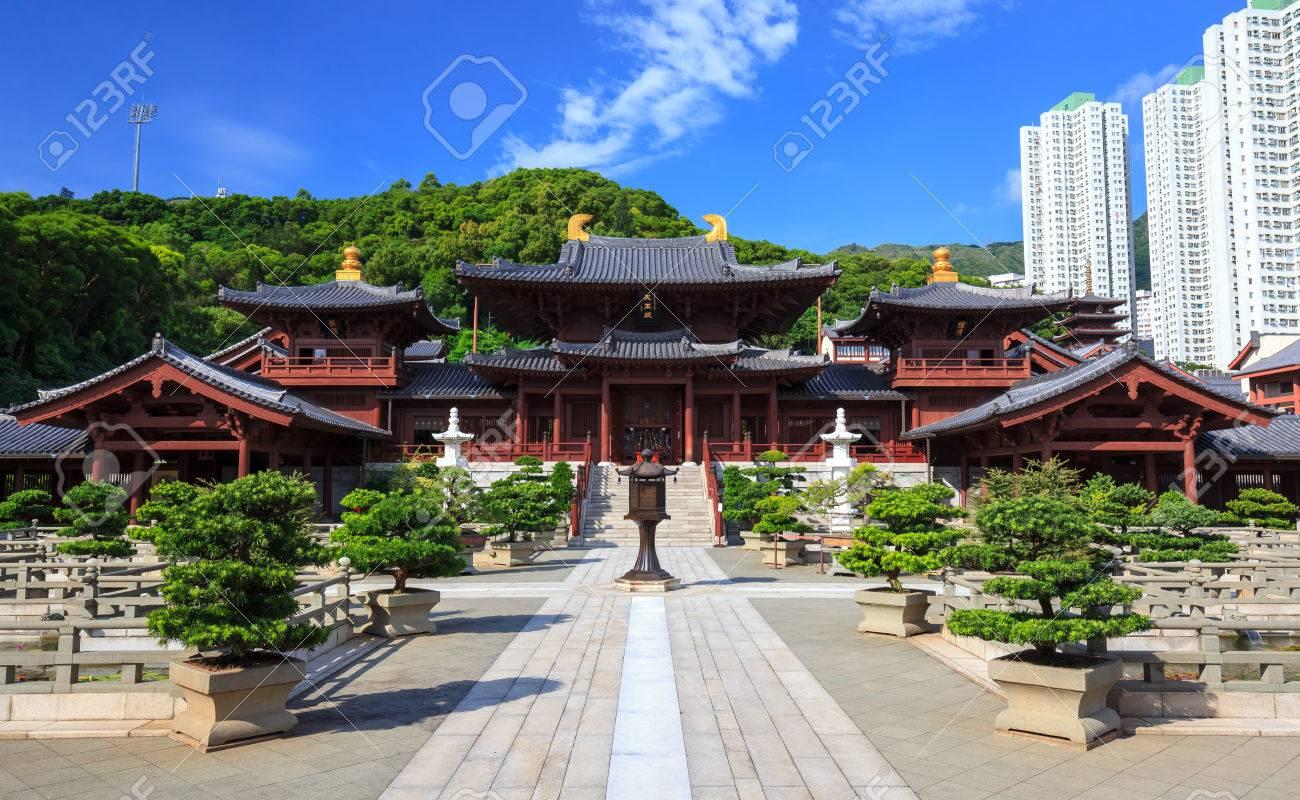 チーリン尼僧院唐王朝様式の寺院...
