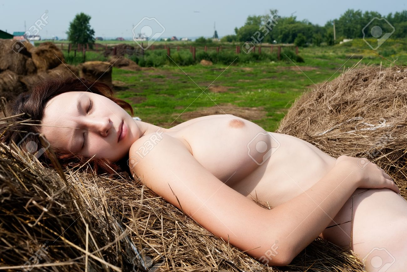 Pictures of nude women sleeping