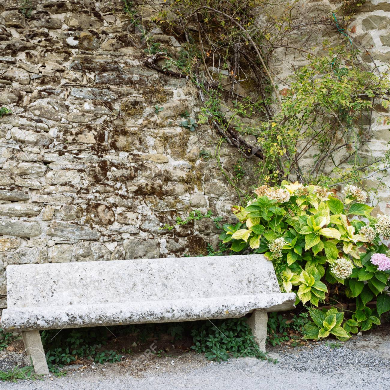 Sensational Ancient Stone Bench In A Small Village Of Medieval Origin Volpaia Machost Co Dining Chair Design Ideas Machostcouk