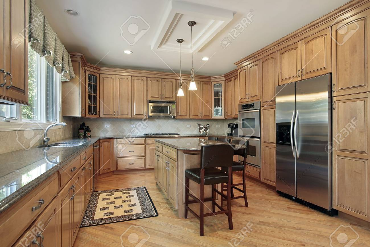 Kitchen in luxury home with wood cabinetry Stock Photo - 6726942