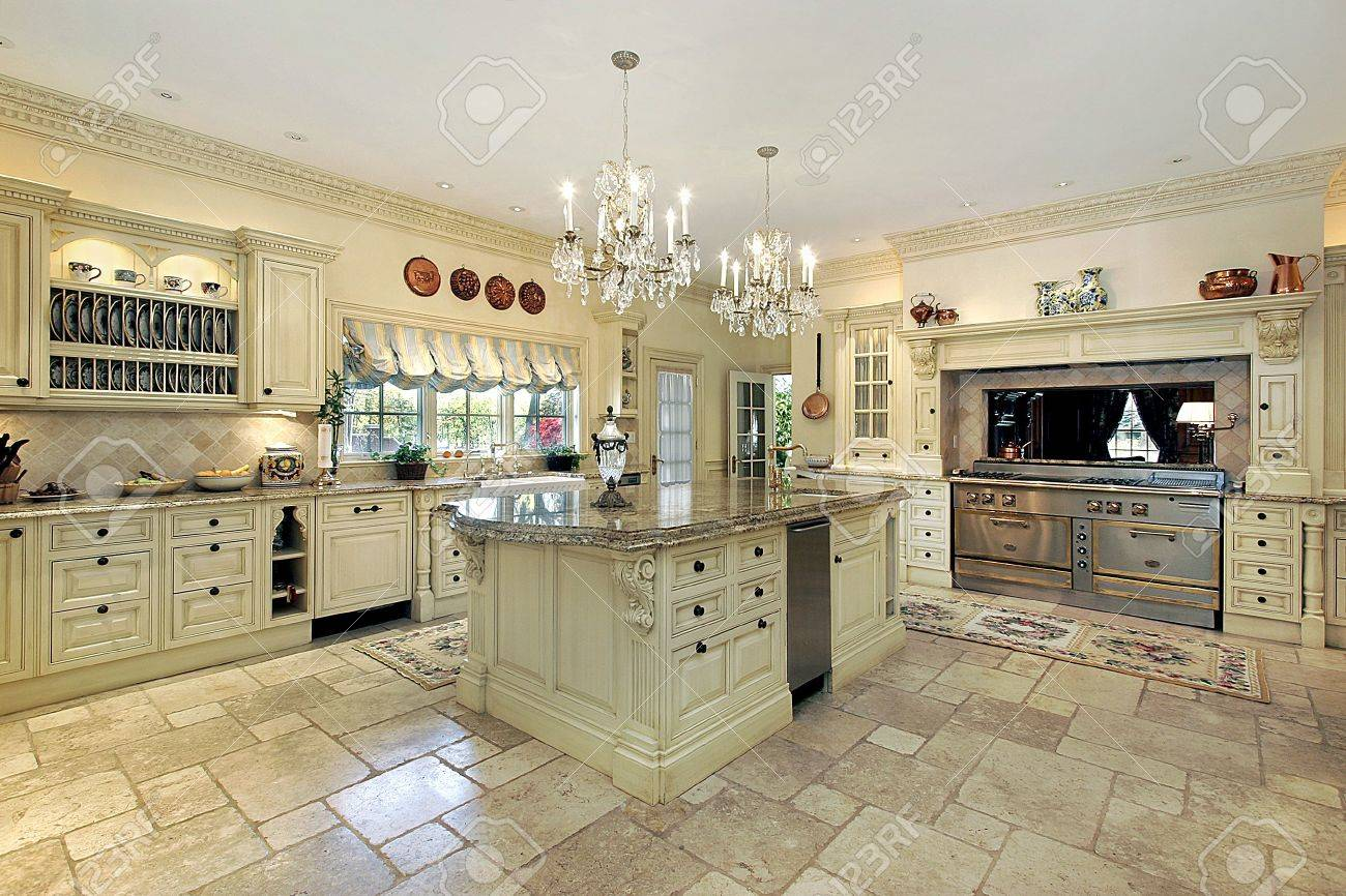 Traditional Kitchen Traditional Kitchen With Large Island And Stove Stock Photo