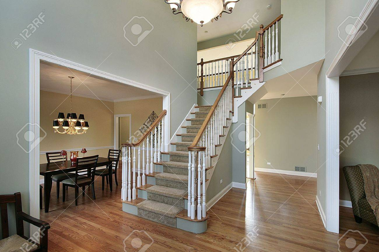 Luxury Homes Foyer foyer in luxury home with dining room view stock photo, picture