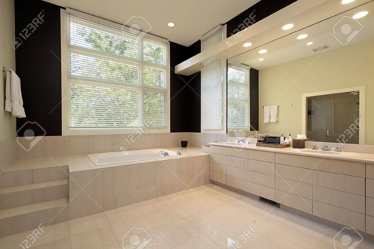 Master Bath In Luxury Home With Step Up Tub Stock Photo, Picture And ...