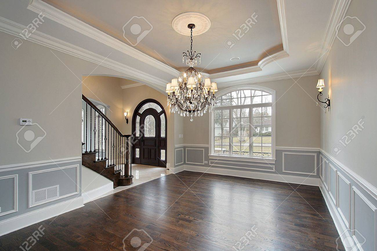 Dining room in new construction home with foyer view Stock Photo - 6739005