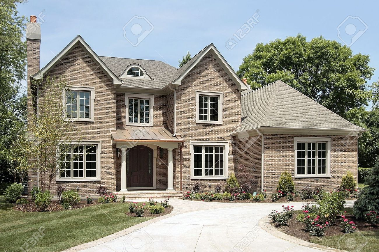 Luxury brick home in suburbs with white columns Stock Photo - 6739151
