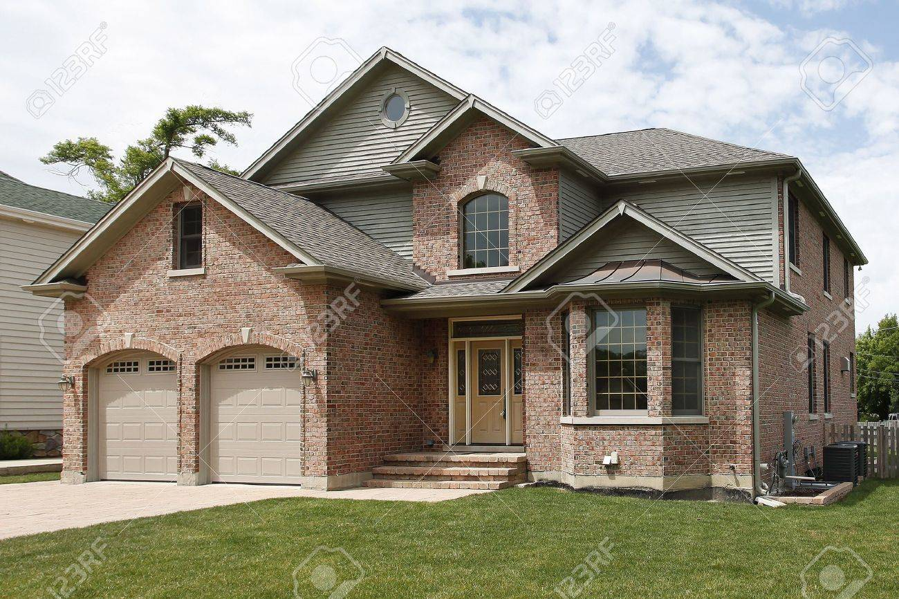 Front view of new construction brick home Stock Photo - 6739352