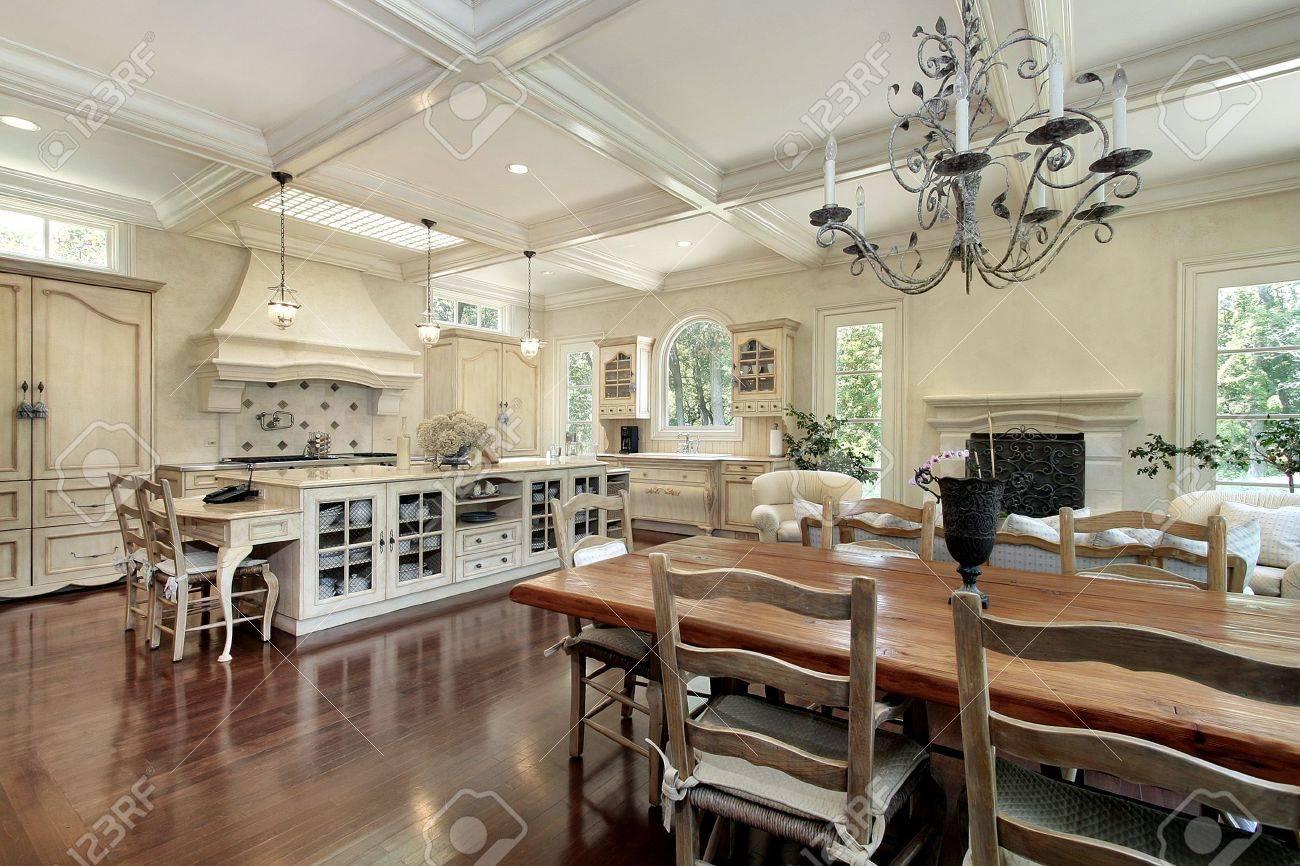 Large upscale suburban kitchen with white island Stock Photo - 6738926