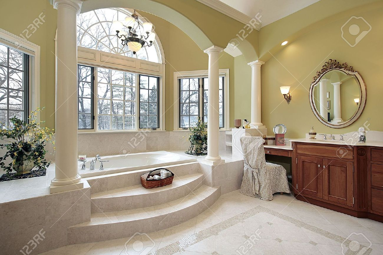 Master bath with columns and step up tub Stock Photo - 6738356
