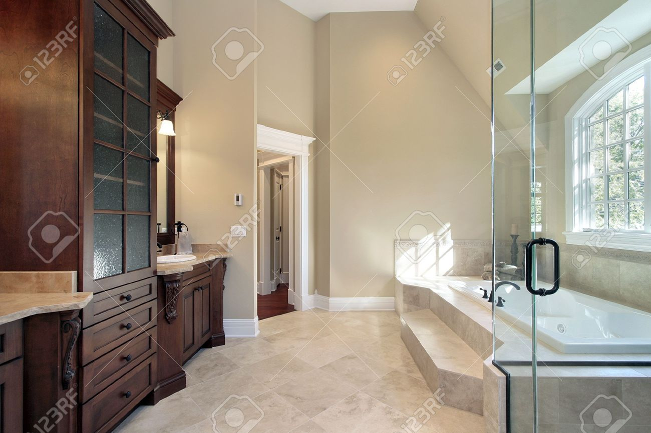 Luxury Master Bath With Step Up Tub Stock Photo, Picture And Royalty ...