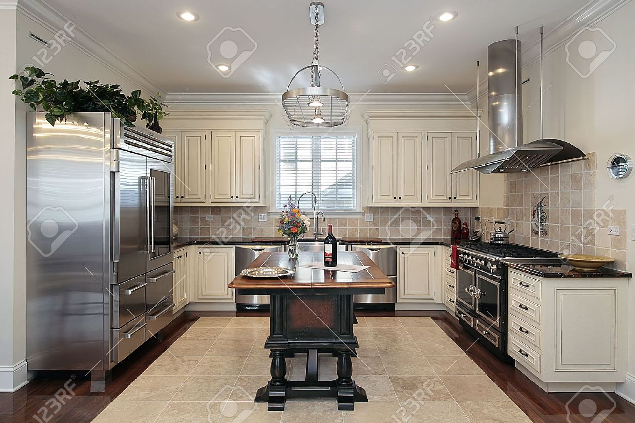 White Kitchens Dark Floors White Kitchen Cabinets And Dark Flooring Innovative Home Design
