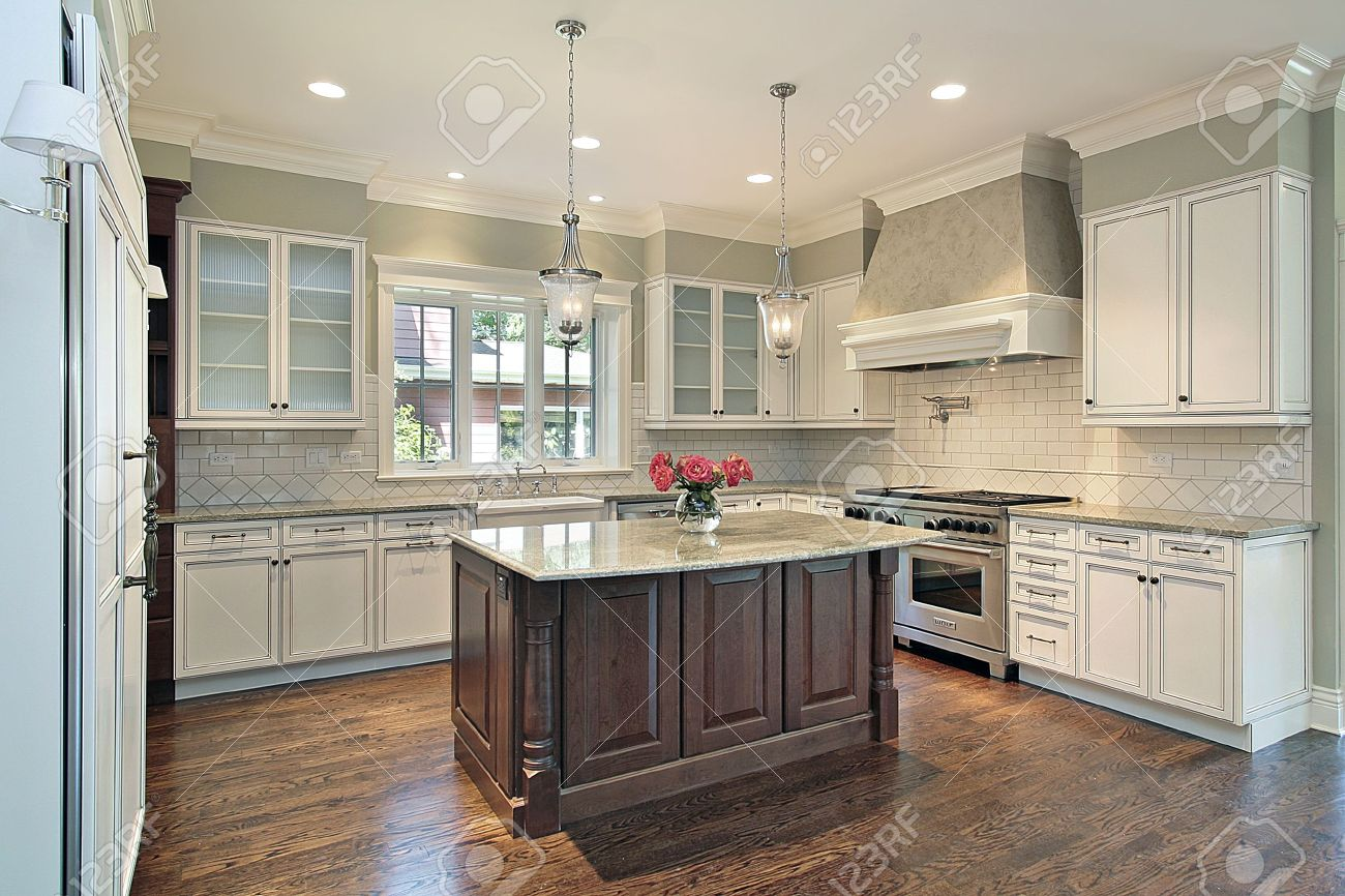 Granite Island Kitchen Kitchen In New Construction Home With Granite Island Stock Photo