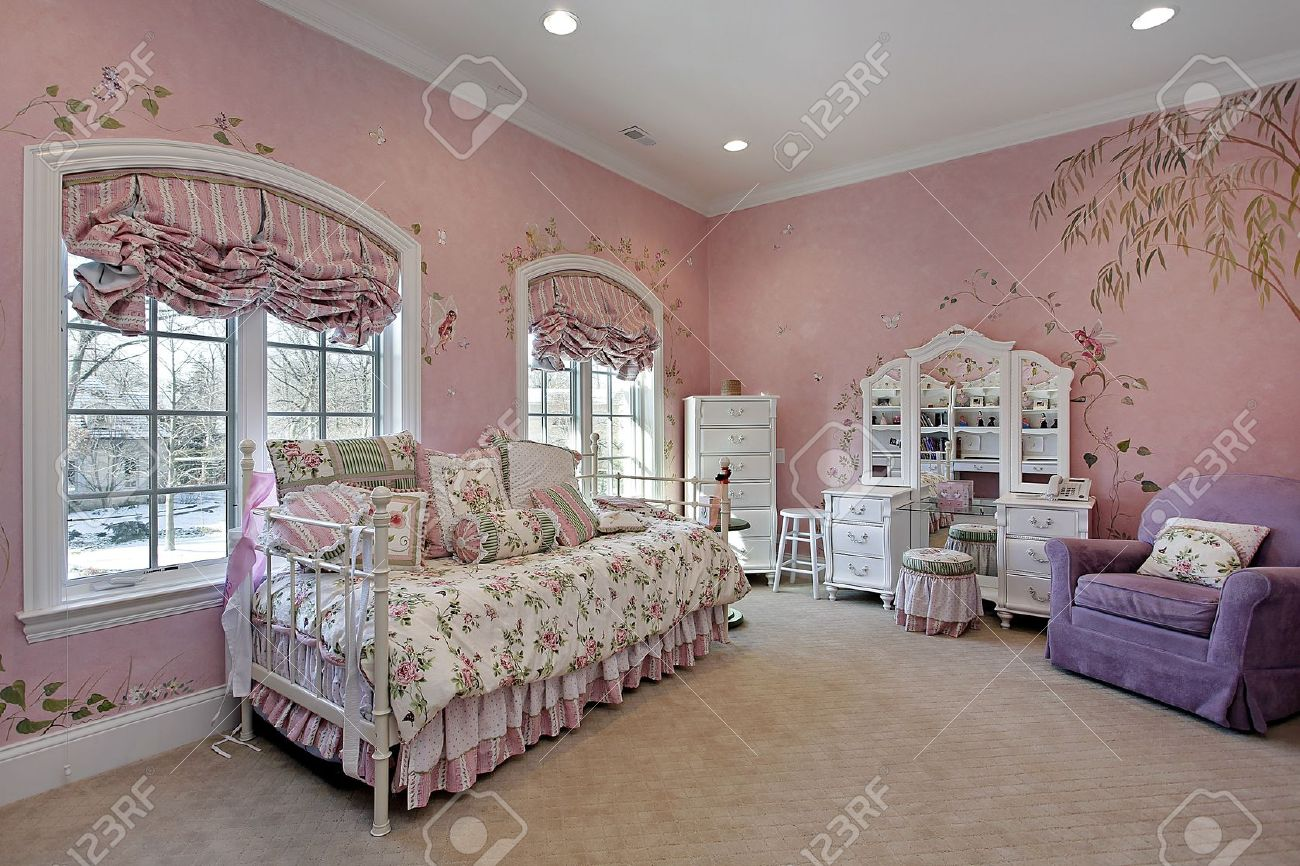 Pink Childrens Bedroom Pink Childrens Bedroom In Luxury Suburban Home Stock Photo
