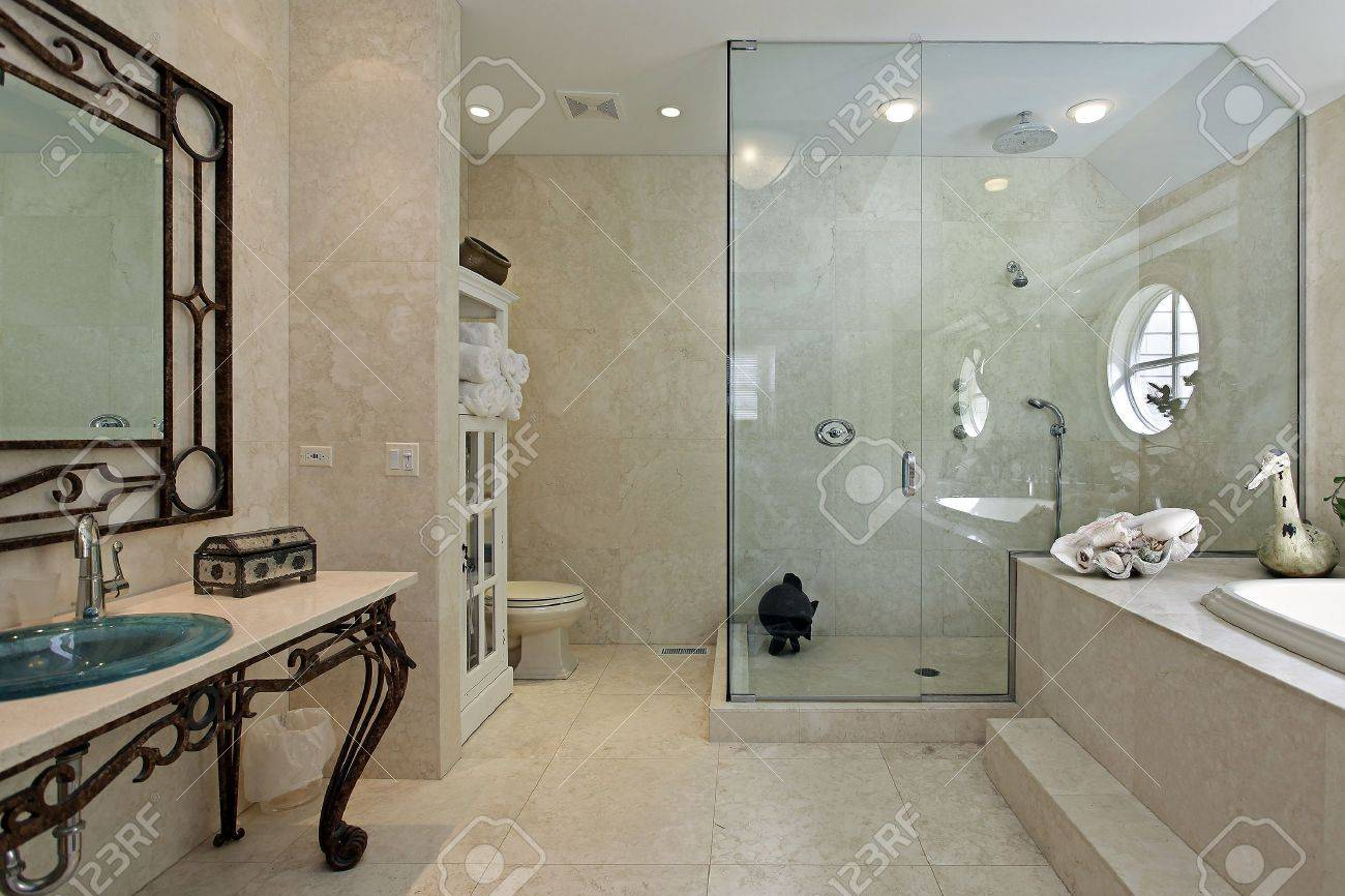 Luxury master bathroom shower - Master Bath In Luxury Home With Large Step In Shower Stock Photo 14976208