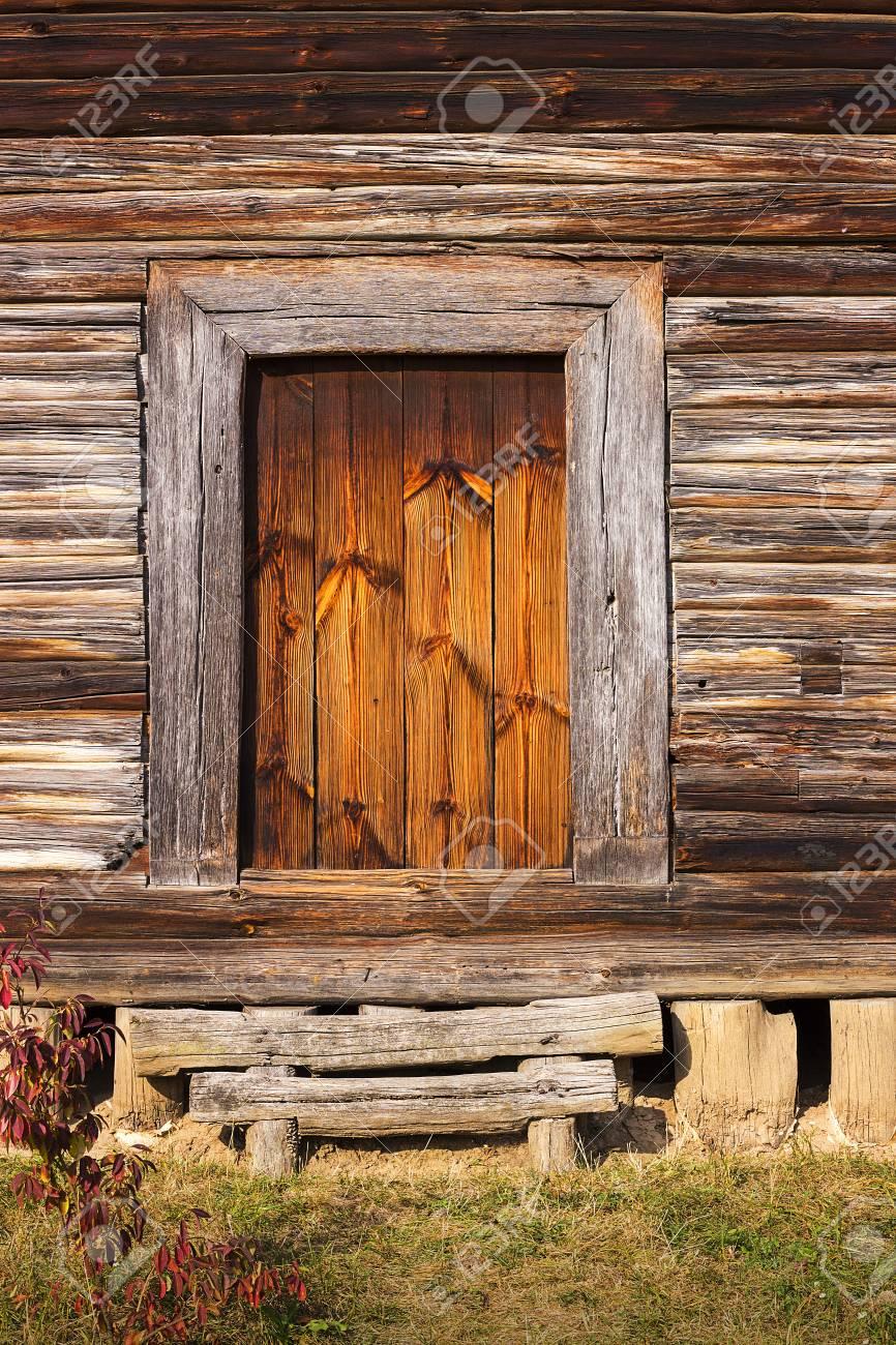 Holz Veranda Tür Des Alten Rustikalen Blockhaus Oder In Der Kabine ...