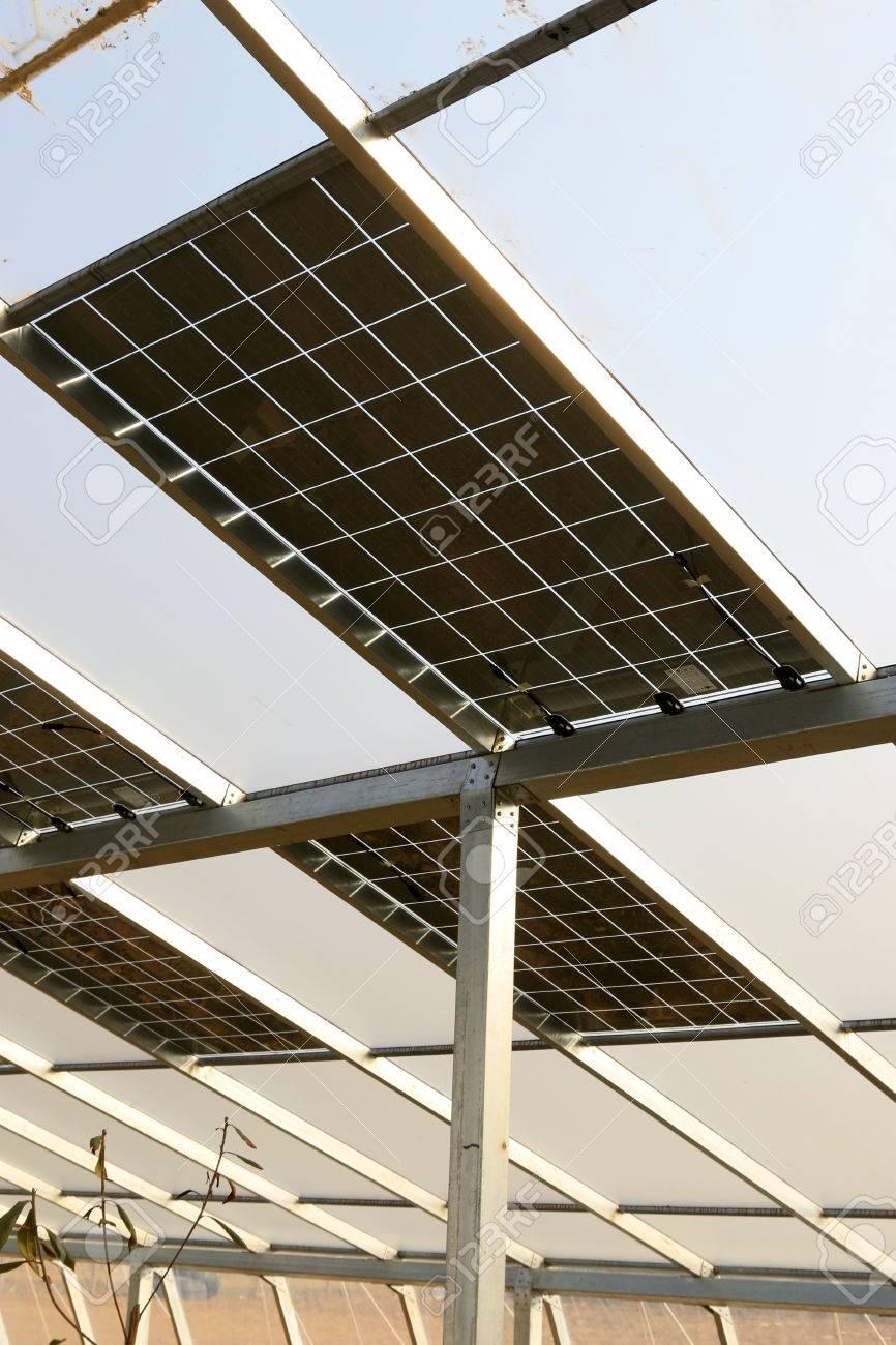 Solar Gewachshauser Solar Pv Glas In Einem Bauernhof Lizenzfreie