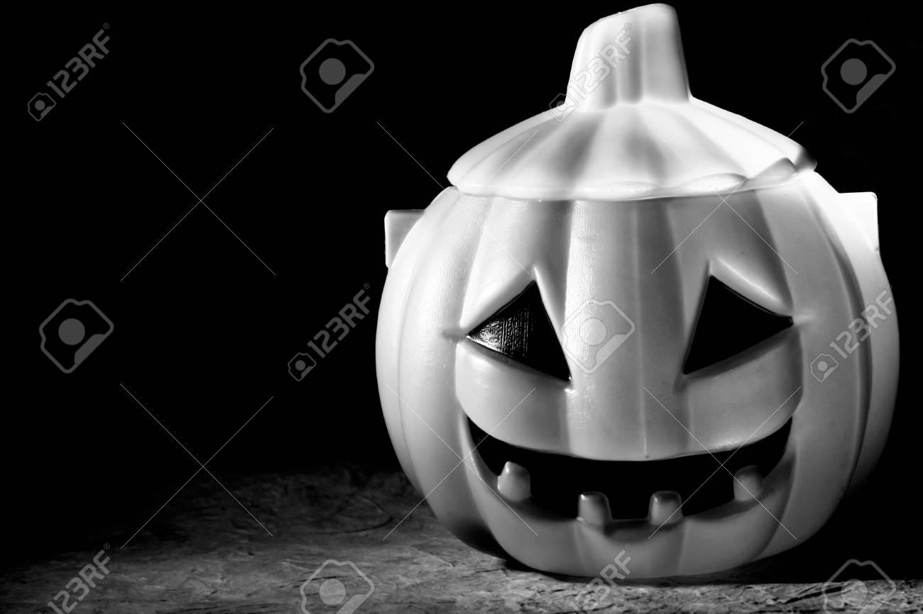 Halloween pumpkins Stock Photo - 10919088