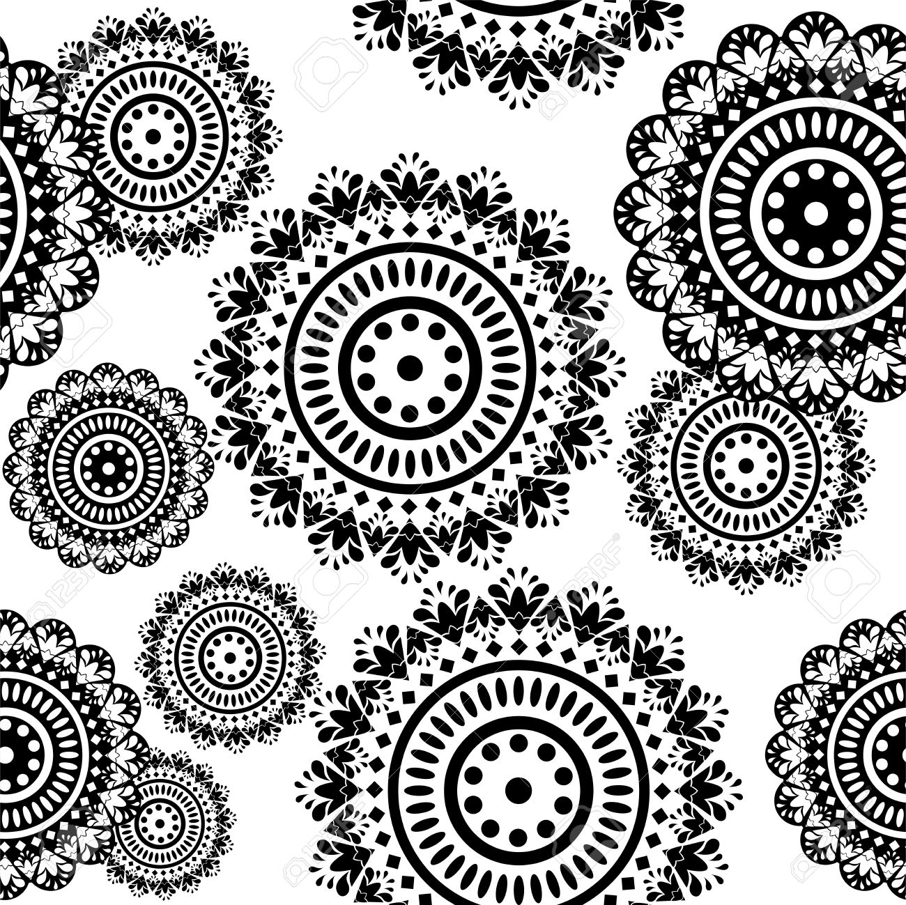 Black and white ornaments - Vector Seamless Pattern Of Round Black And White Ornaments