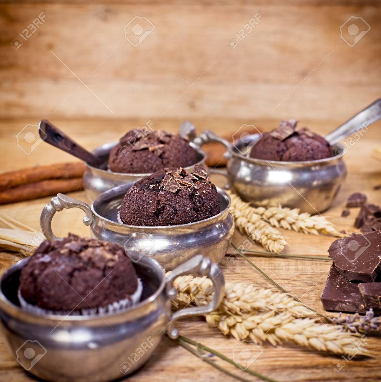 Kuchen Zum Nachtisch Vergnügen Schoko Muffins Lizenzfreie Fotos