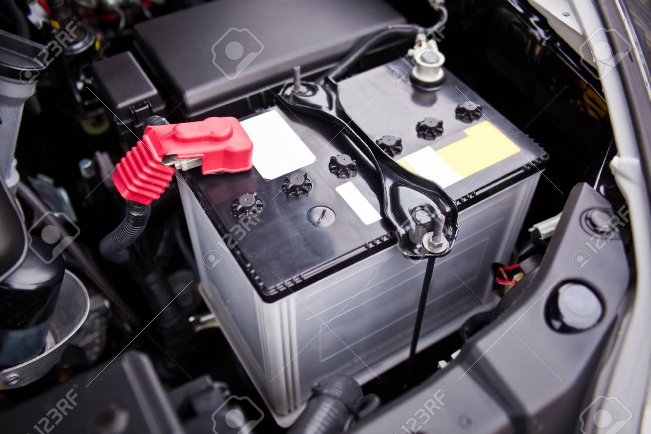 Battery Installed Near The 8 Motor In Suv Stock Photo Picture And