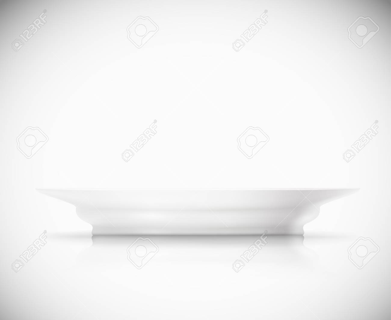 Isolated white plate Stock Vector - 16913481
