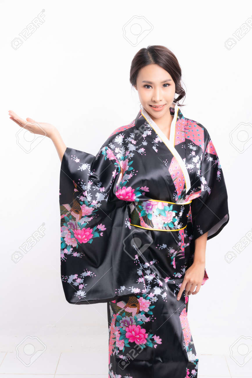 Beautiful attractive asian woman wearing traditional japanese kimono isolated on white background - 170208069