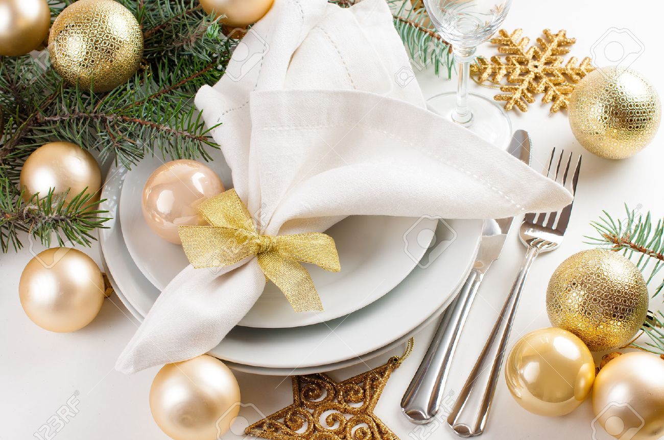 Christmas Table Setting Festive Christmas Table Setting Table Decorations In Gold Tones