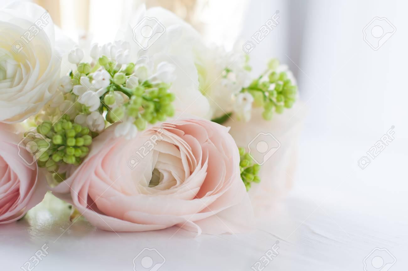 Mazzo Di Fiori Elegante.Immagini Stock Bella Delicata Elegante Bouquet Di Fiori