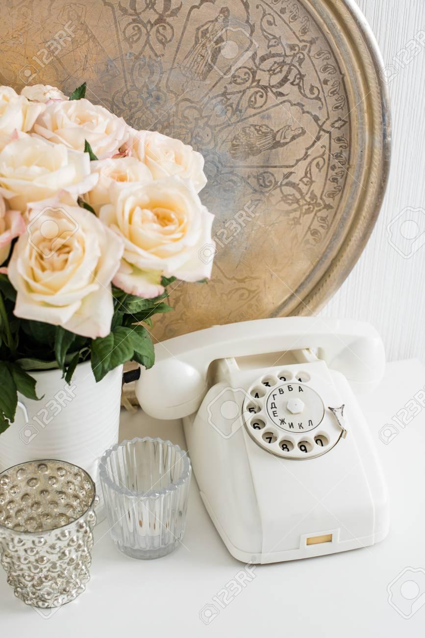 Weinlese Home Interior Dekoration Weiß Wählscheibe Silbertablett