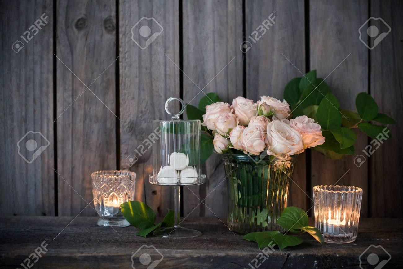 Elegante Vintage Hochzeit Tischdekoration Mit Rosen Und Kerzen In
