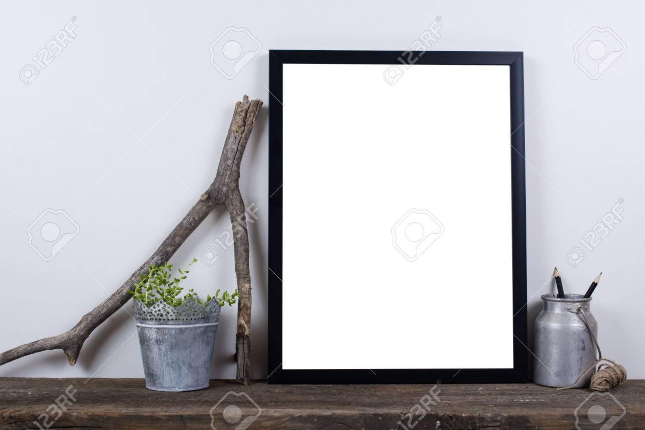 style scandinave photo vide cadre d'affiche maquette. minimal décor