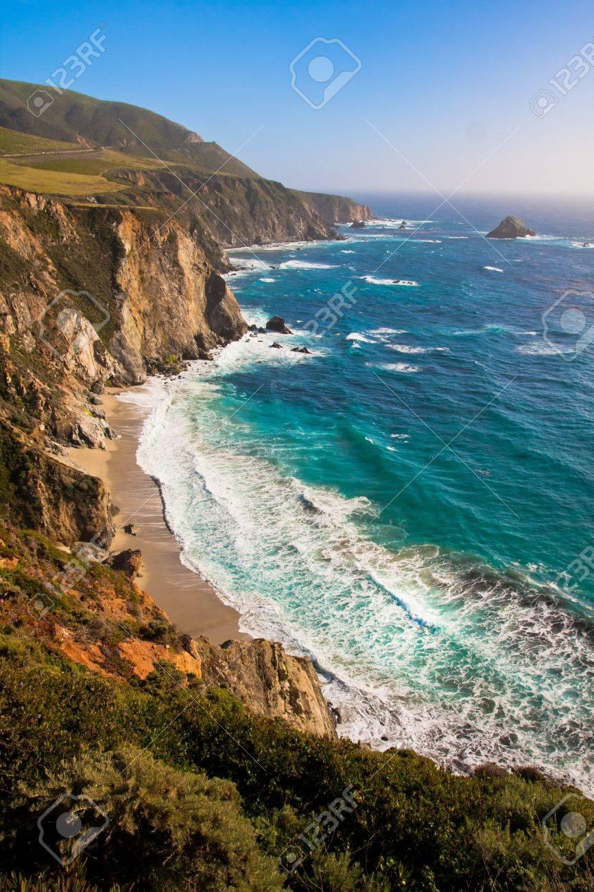 Beautiful Coastline in Big Sur,California - 19194588