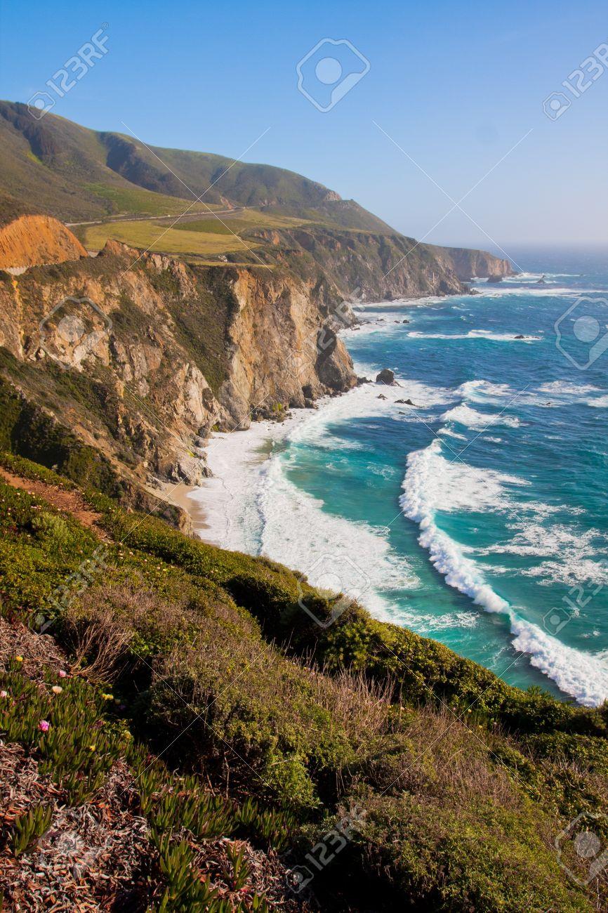 Beautiful Coastline in Big Sur,California - 19194536